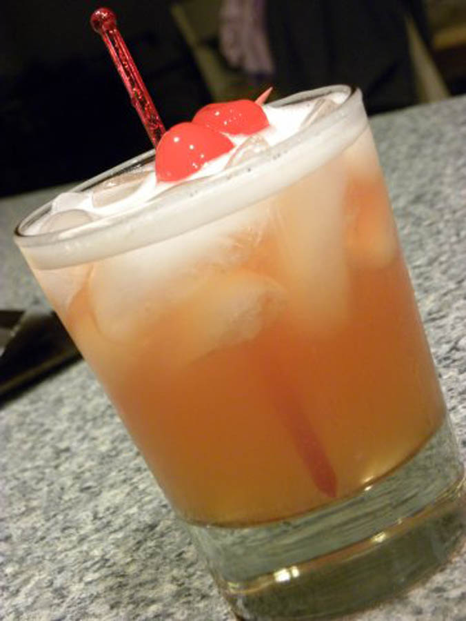 jameson whiskey sour cocktail recipe with drink picture