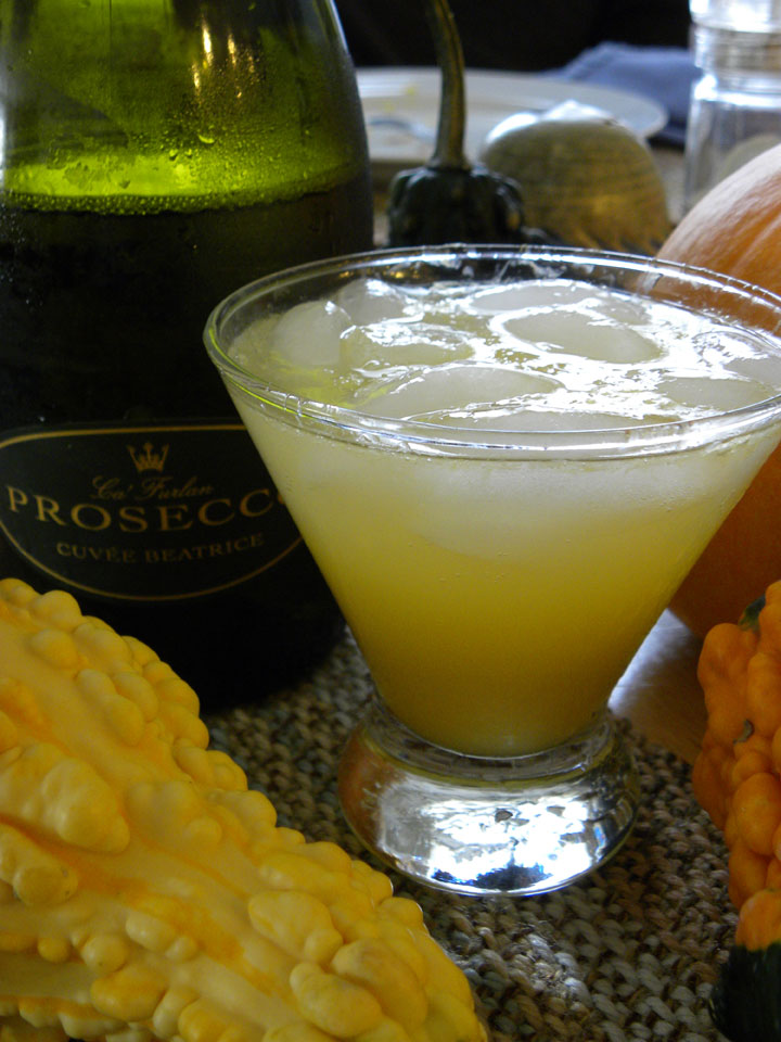 Prosecco mimosa cocktail recipe with drink picture for Drinks made with prosecco
